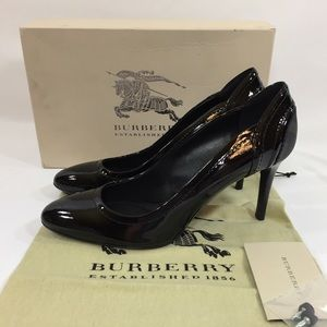 Burberry Patent Plaid Pumps